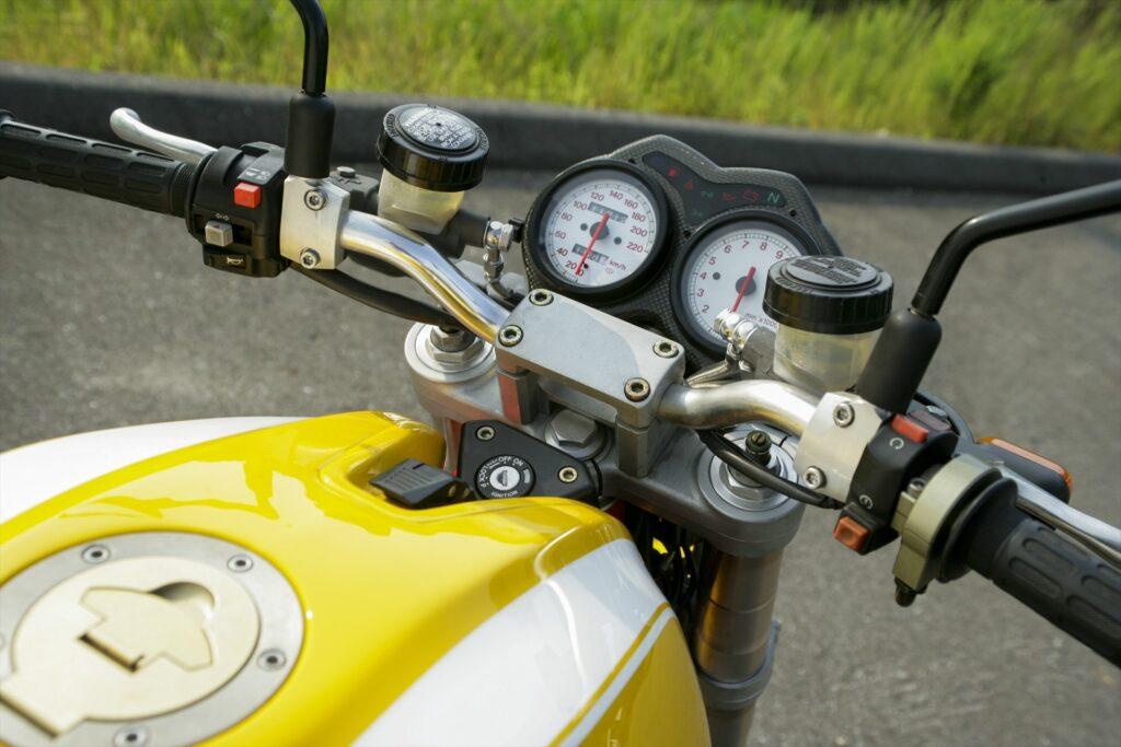 Ducati M900 JB-Specs